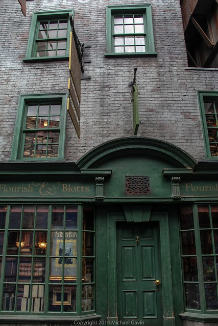 diagon alley stores offer more than magical merchandise adding fun harry potter nods in new. Black Bedroom Furniture Sets. Home Design Ideas