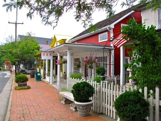 Best Shopping- Galleries - The Plains, VA