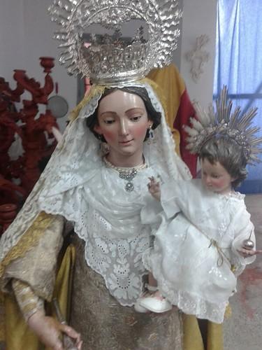 AionSur: Noticias de Sevilla, sus Comarcas y Andalucía 14518430224_7bede9baa1_d Aprobada la modificación de Reglas para el culto de la Virgen Madre de Dios del Carmen, aunque no la entrada en la iglesia Cultura Semana Santa
