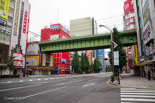 Akihabara:Early Morning (2)