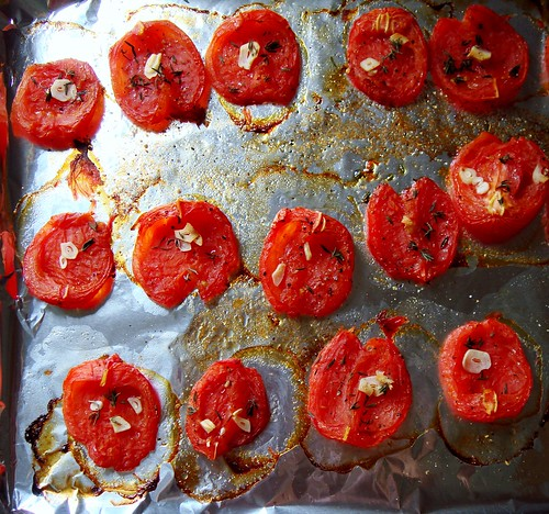 Oven-Roasted Tomatoes with Garlic Thyme