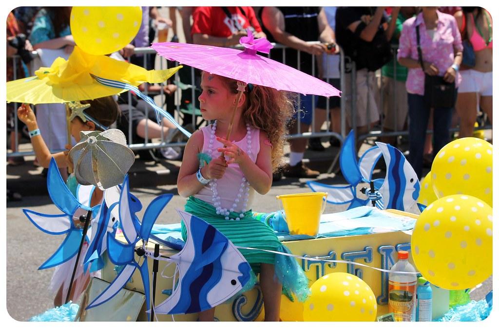coney island mermaid parade 2014 little girls