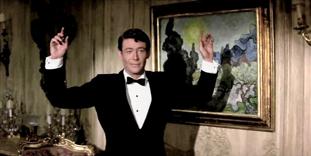 how.to.steal.a.million.otoole.painting.handsup