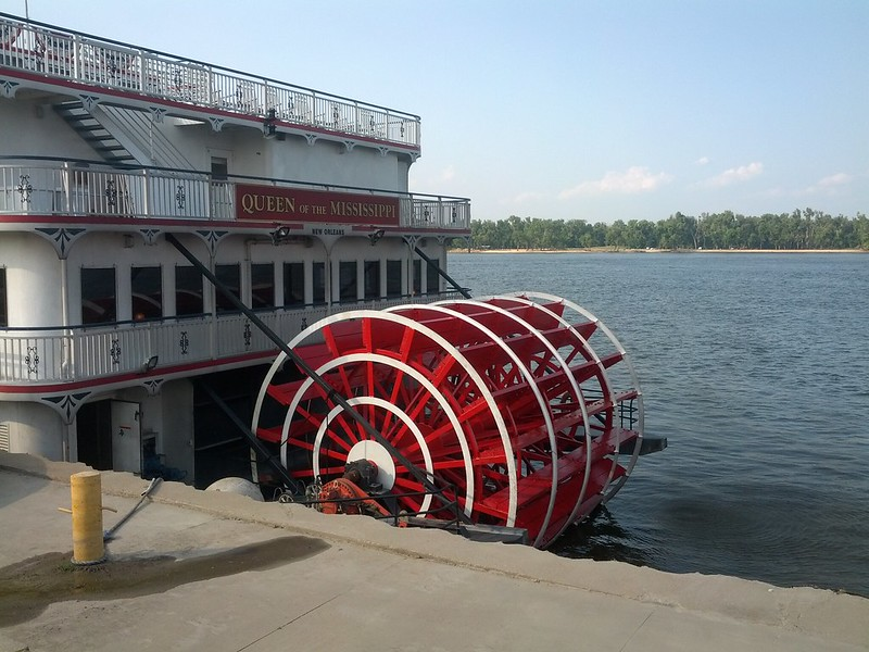 Authentic Diesel-Powered Sternwheeler, Queen of the Mississippi, Hannibal, Missouri