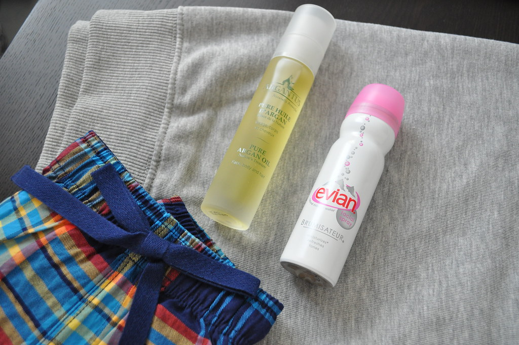 Argan oil and Evian spray