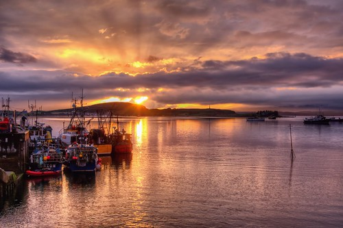 sunset clouds boats harbor scotland unitedkingdom oban legacy tistheseason 2014 dockbay caviardreams scrapping61 trolledproud trollieexcellence pinnaclephotography czarcollection