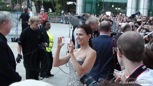 celebrities dresses