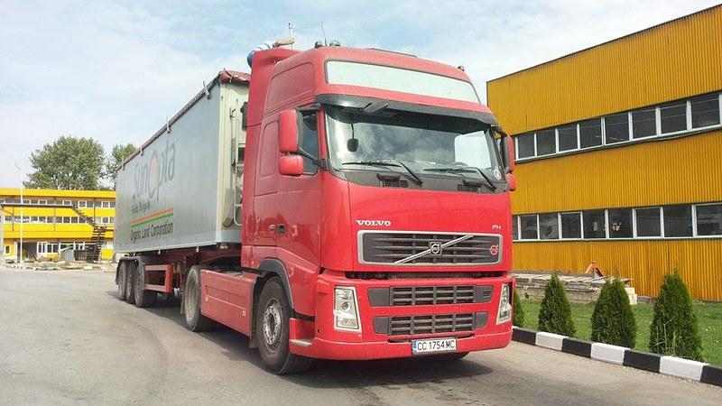 Volvo FH 480 Euro 5 15179325185_1d8eb108df_c