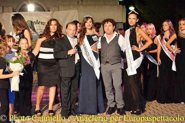 Noicattaro. Premiazione della vincitrice di Miss Puglia ragazza per il Sud