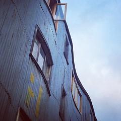 La curva sensual... Edificio en calle Blanco, Castro