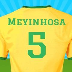 football player(0.0), ball(0.0), player(0.0), brand(0.0), ball(0.0), orange(1.0), sports uniform(1.0), clothing(1.0), yellow(1.0), sleeve(1.0), font(1.0), jersey(1.0), sportswear(1.0),