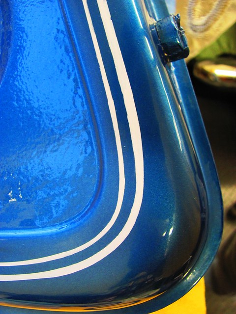 Using Gas To Clean Lacquer Paint