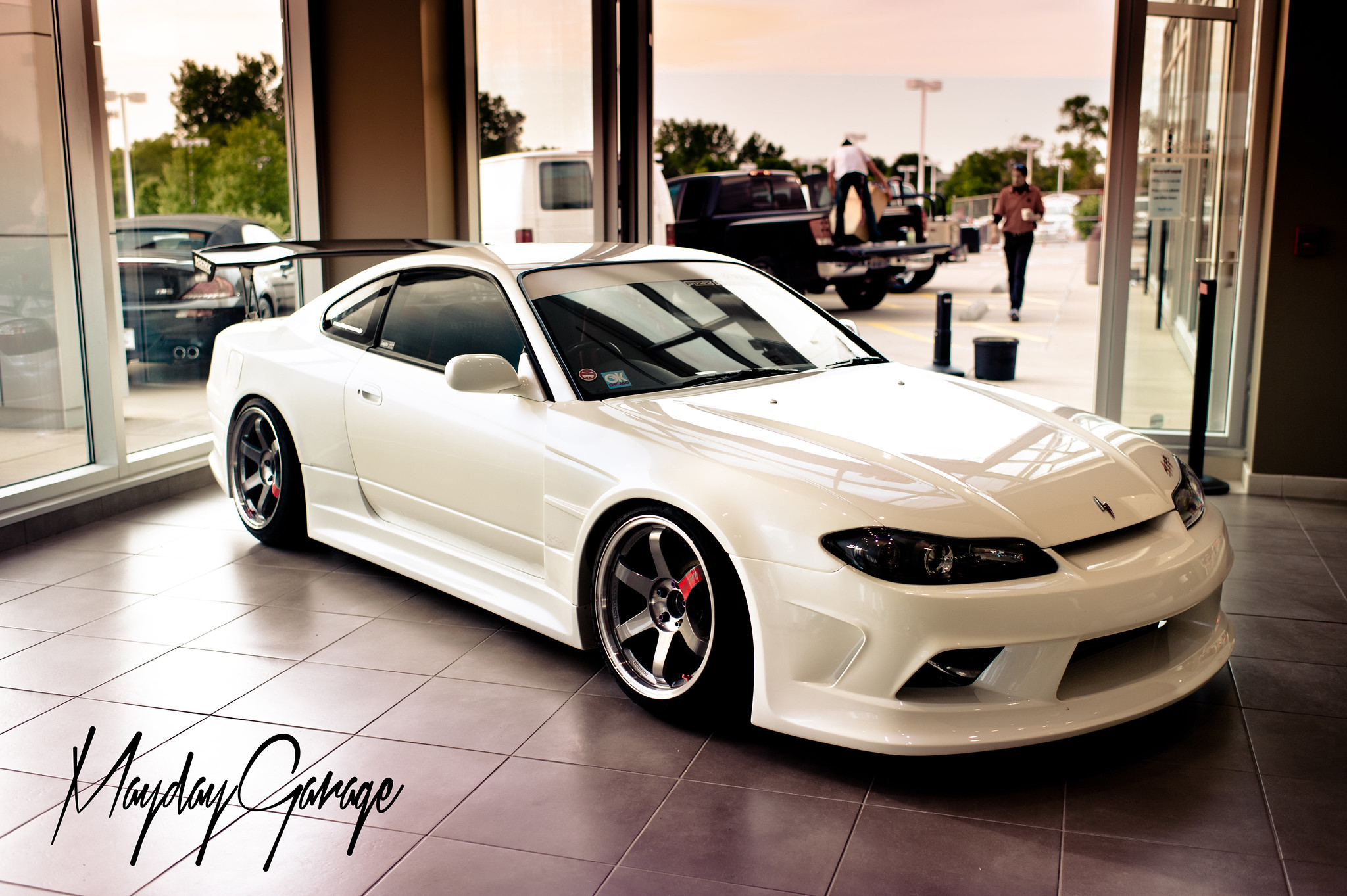 The Fizz Auto S15 looking wide AF