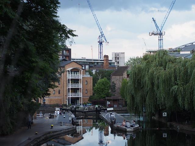 kanaalin varrella lontoo