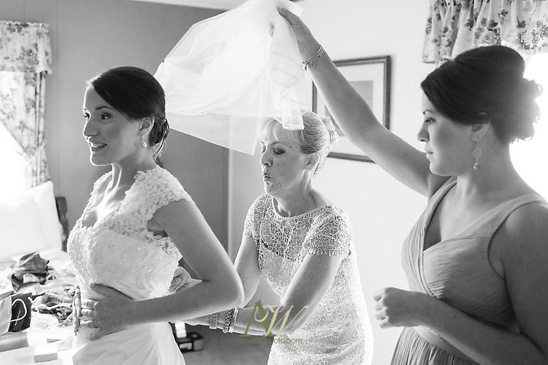 Belhurst Wedding Photographer Andrew Welsh Photography Castle Geneva NY Rochester Finger Lakes
