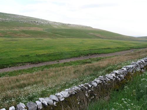 Kingsdale - dry river bed