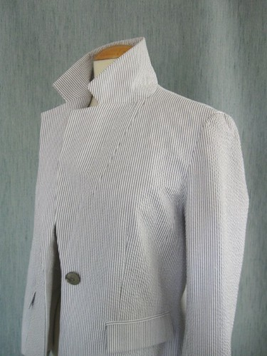 Seersucker jacket lapel