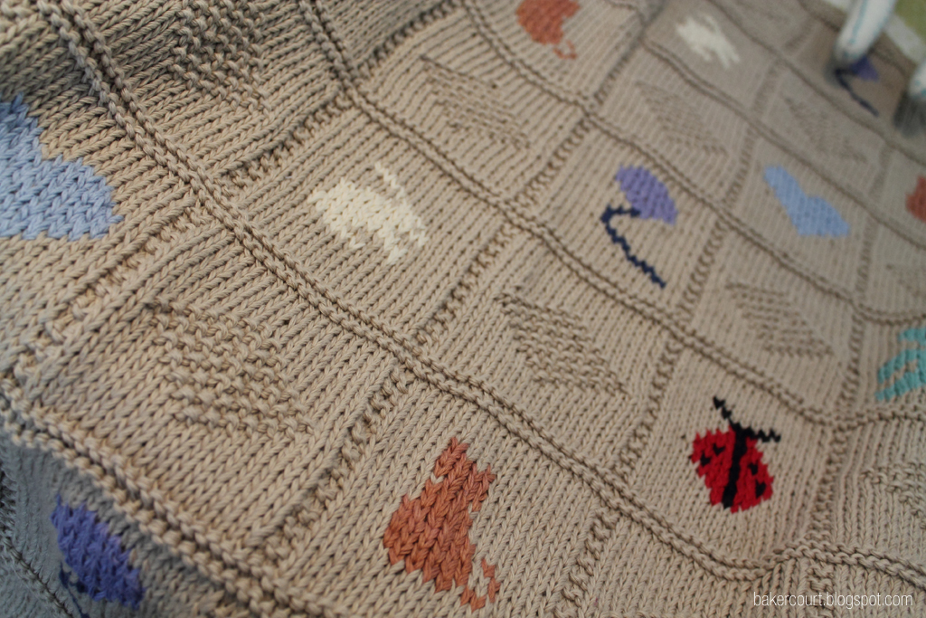 Bakercourt - Knitting, Sewing, Crafting.: QAYG, and, on being pregnant.
