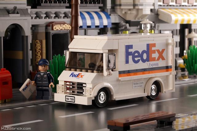 FedEx Truck - Front