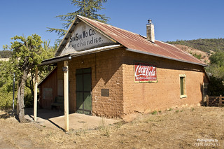 Old_Timey_Supermarket_California_Gold_Country