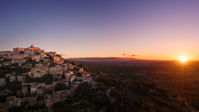 Gordes Purple Sunrise