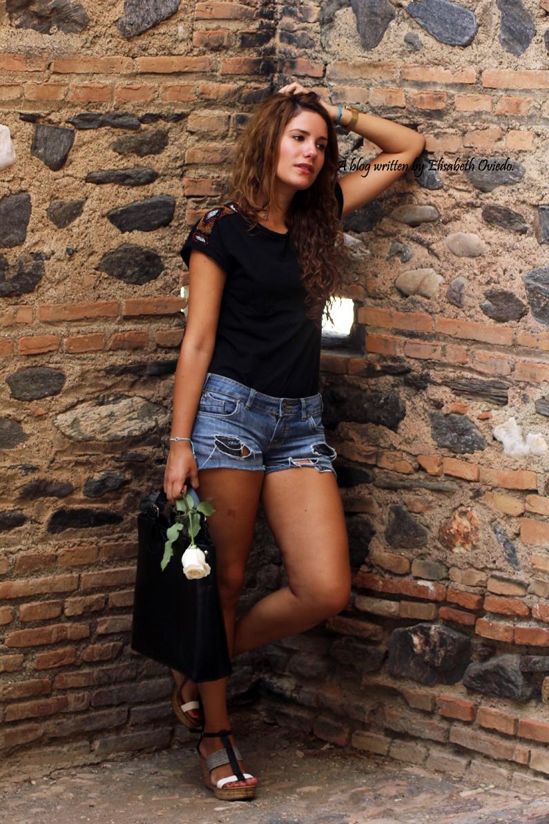 cuñas blancas y negras Marila HEELSANDROSES shorts denim (3)