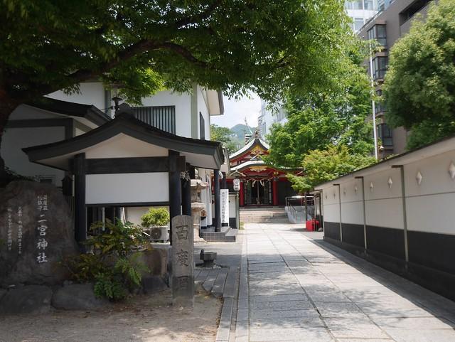日, 2014-05-25 11:06 - 二宮神社