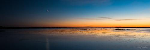 park sunset moon canada pano crescent alberta stalbert bluehour biglake provincial loishole
