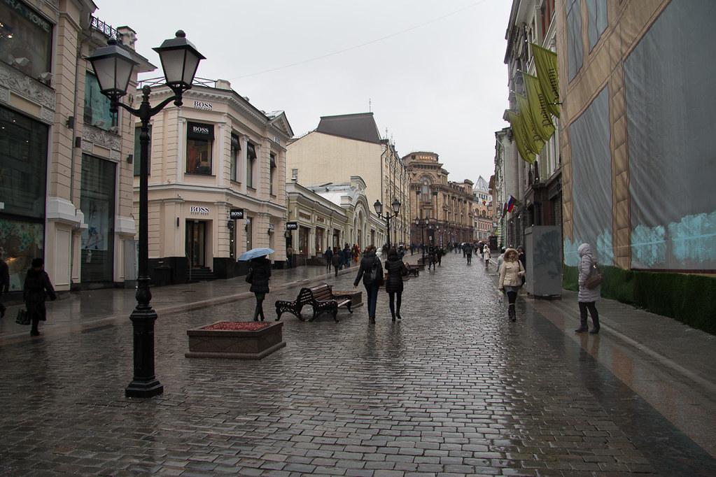 Kuznetskiy Most street in Moscow