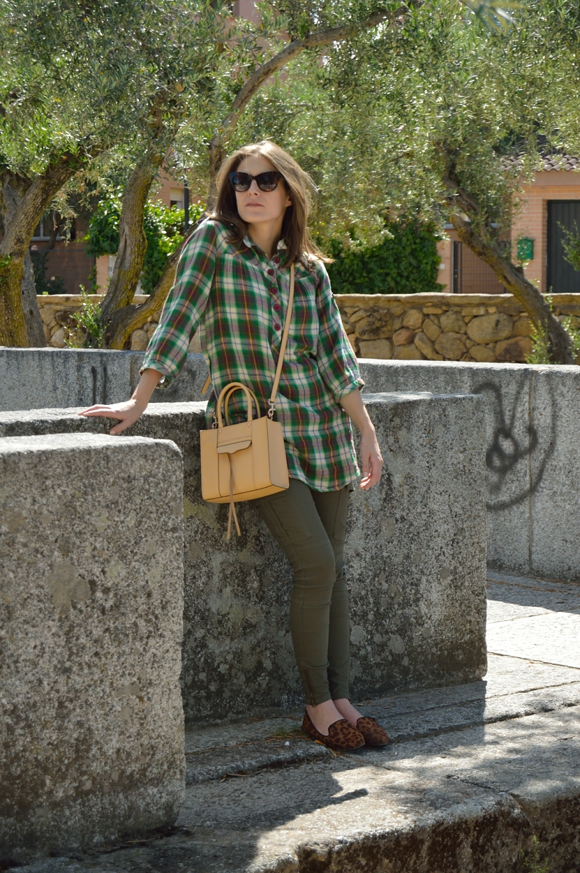 lara-vazquez-madlula-blog-style-fashion-blog-give-me-green-look