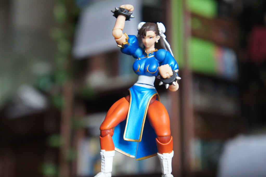 Revoltech Chun Li from Street fighter Online
