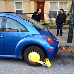 sedan(0.0), automobile(1.0), volkswagen beetle(1.0), automotive exterior(1.0), wheel(1.0), vehicle(1.0), automotive design(1.0), volkswagen new beetle(1.0), subcompact car(1.0), city car(1.0), land vehicle(1.0),