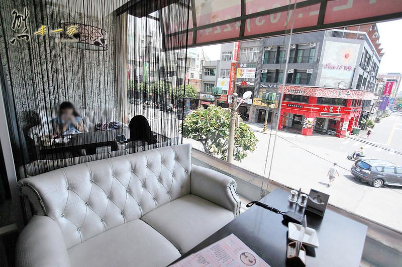 Angel's TCF義大利餐廳|女僕服務生