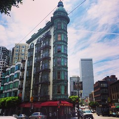 Some interesting old architecture #sanfrancisco #tourist #niceday #walking