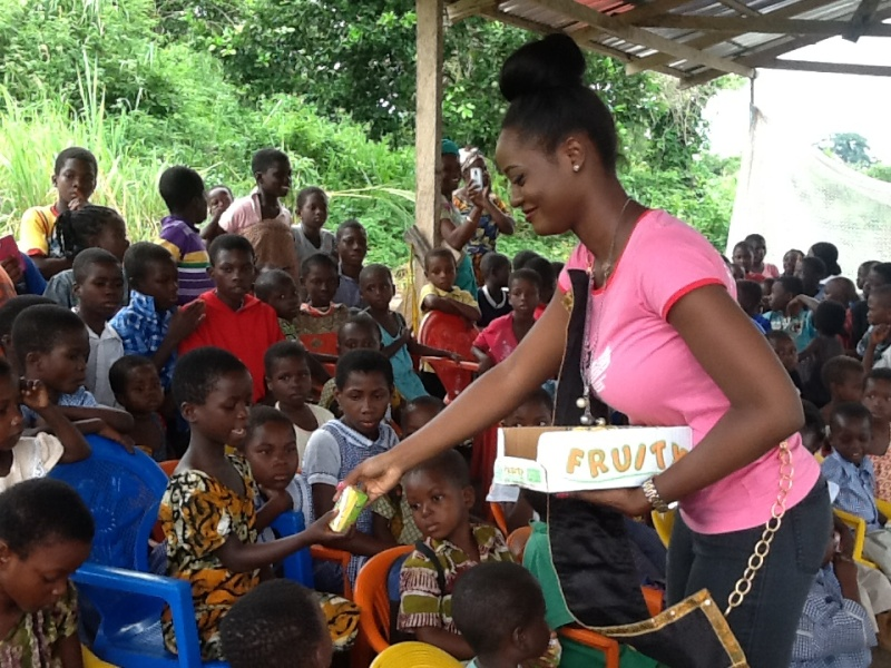 Miss Malaika 2013 Naa Oyoe Quartey donates to Eye Of The Lord Orphanage