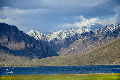 pakistan lake valley northern polo shandur chitral ghizer