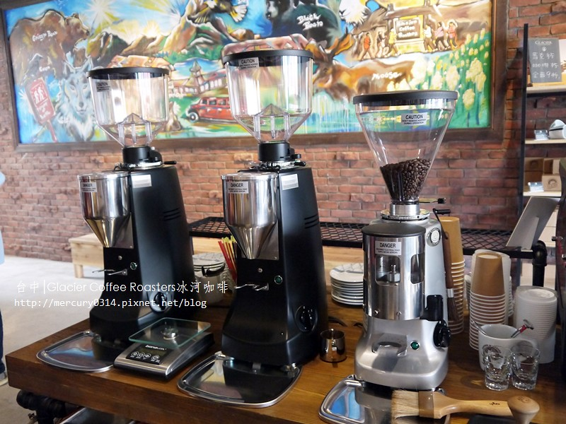 14790669230 b6764dea31 b - 熱血採訪。台中西屯【冰河咖啡Glacier Coffee Roasters】喝得到第三波北歐咖啡浪潮的咖啡館,手沖咖啡義式咖啡甜點都好棒