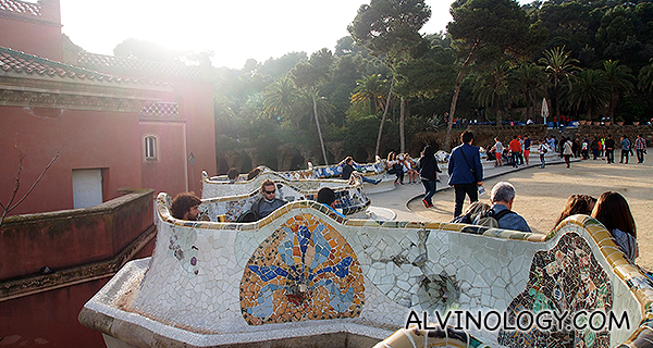 These undulating benches were planned by Josep Maria Jujol between 1910 and 1914. They are made from prefabricated blocks of concrete clad with tile-shard mosaic and cylindrical pieces of pottery.