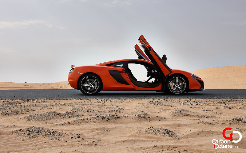McLaren_650S_-02