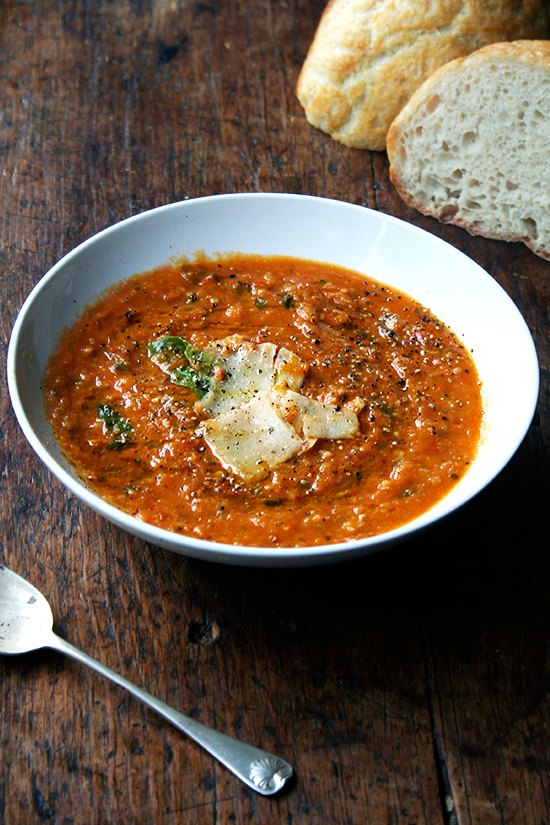 roasted-tomato bread soup