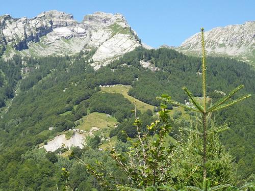 Mezzogiorno dal Val Viegezzo by Ylbert Durishti