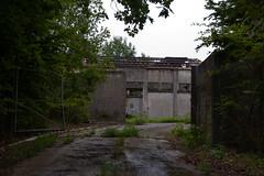 Batiments abandonnés sur le Mont Aout - Photo of Broussy-le-Grand