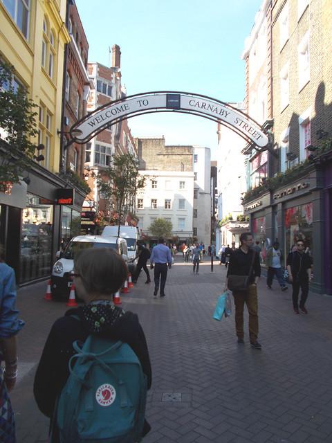 LONDON 0981
