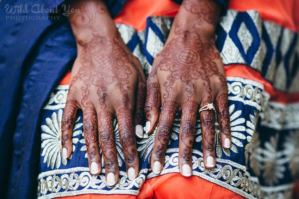 henna hands 1