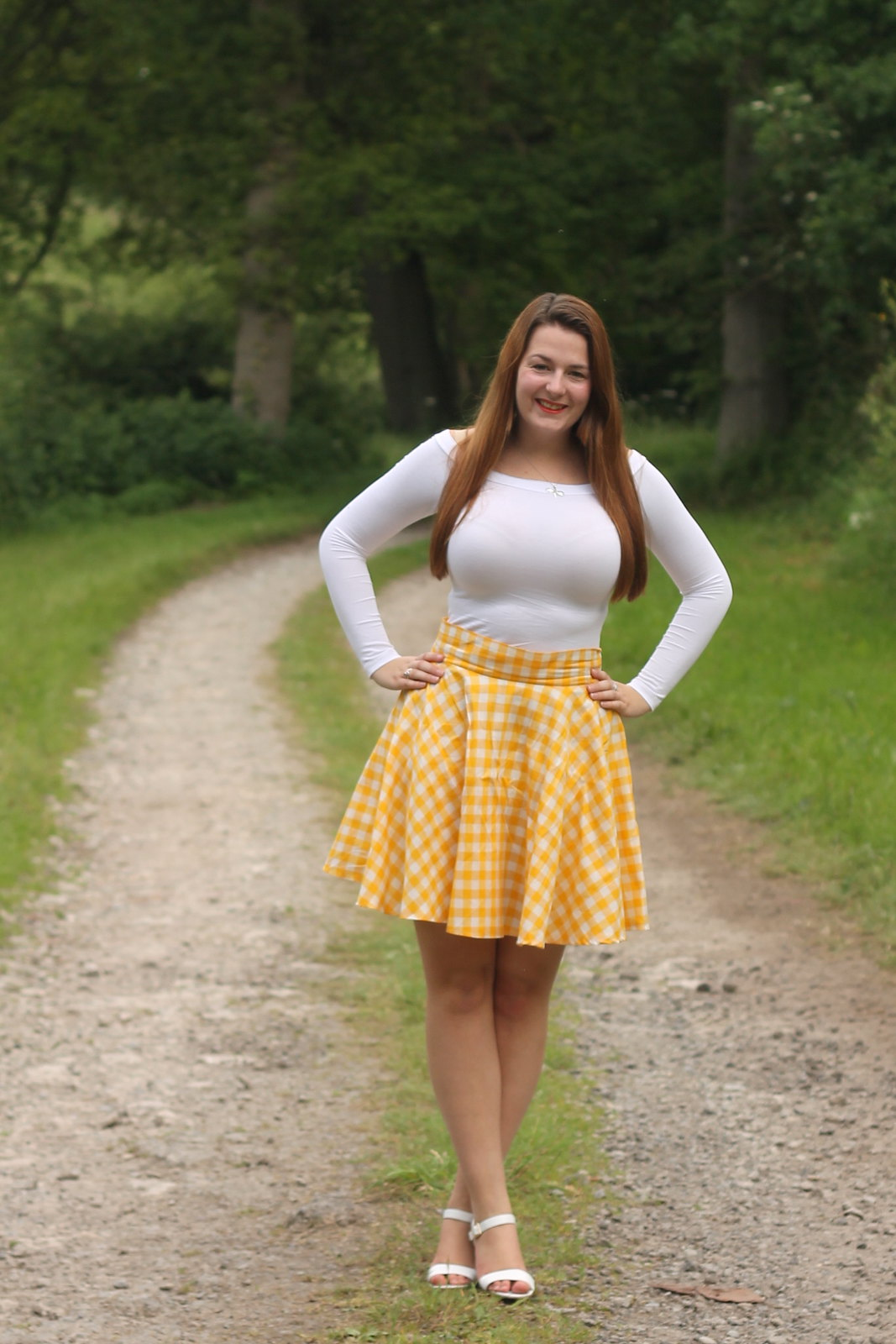 outfit with gingham circle skirt