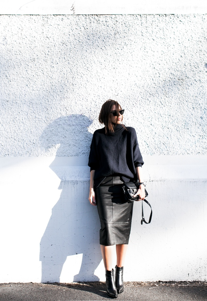 modern legacy blog kaity street style off duty minimalist ASOS leather pencil skirt Scanlan and Theofore chunky knit turtleneck sweater navy black Alexander Wang Kelli ankle boots Proenza Schouler PS11 Mini Classic satchel bag  (2 of 7)