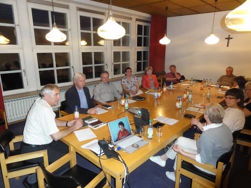 Beim Bericht im Dekanatsausschuss Kitzingen: — hier: Paul Eber Haus Kitzingen. (21.5.2014)