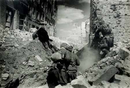Soldados rusos en Stalingrado