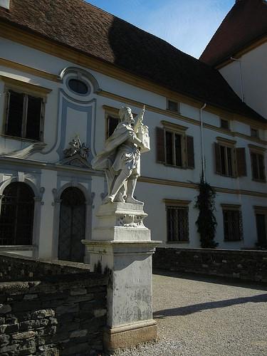 DSCN8842 _ Schloss Eggenberg, Graz, 8 October