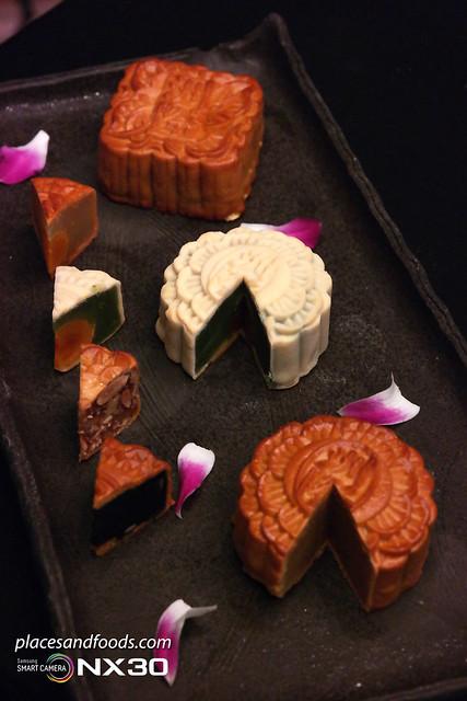 intercontinental hotel mooncakes